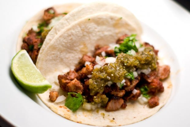 chicken taco with lime