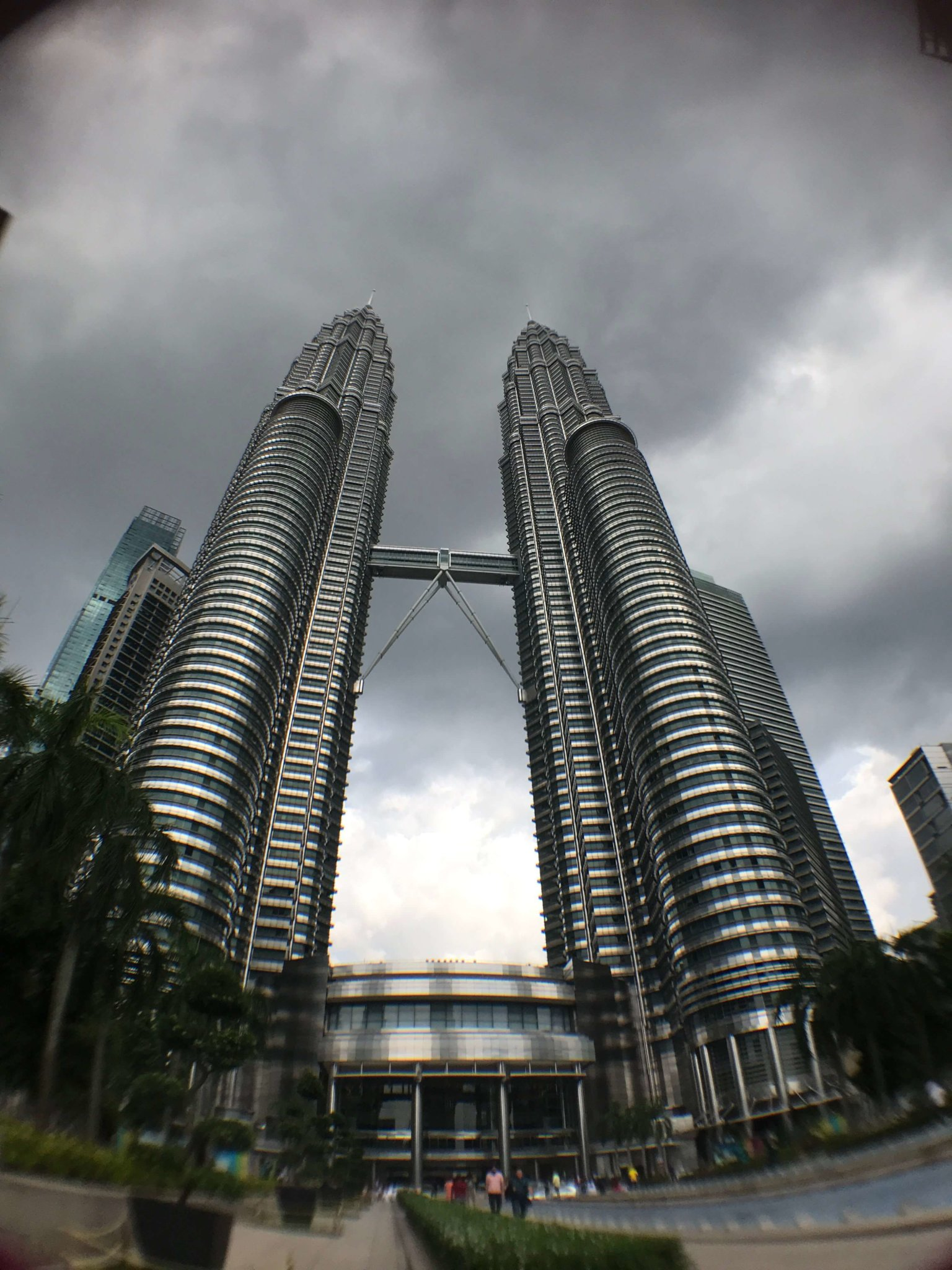 KL Petronas