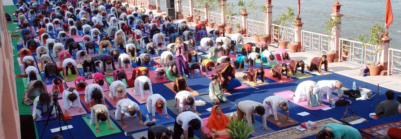 international-yoga-festival-rishikesh